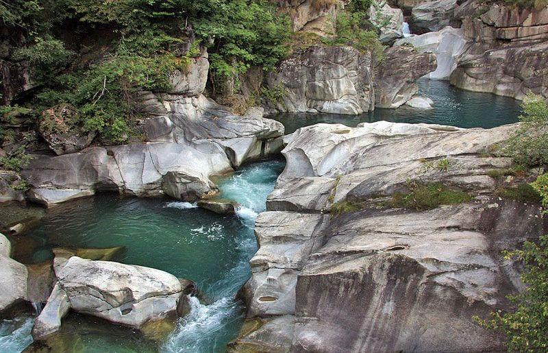 Dove la natura plasma la roccia