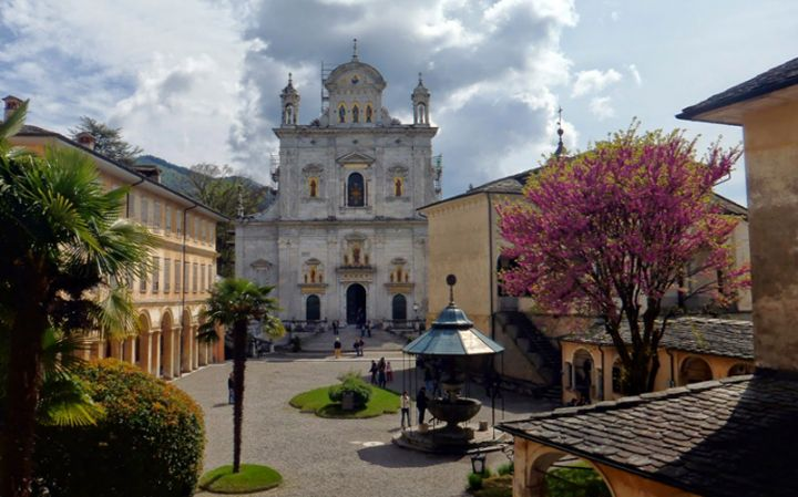 AT THE SACRED MOUNT OF VARALLO, THE SUN IS BOTH INSIDE AND OUTSIDE